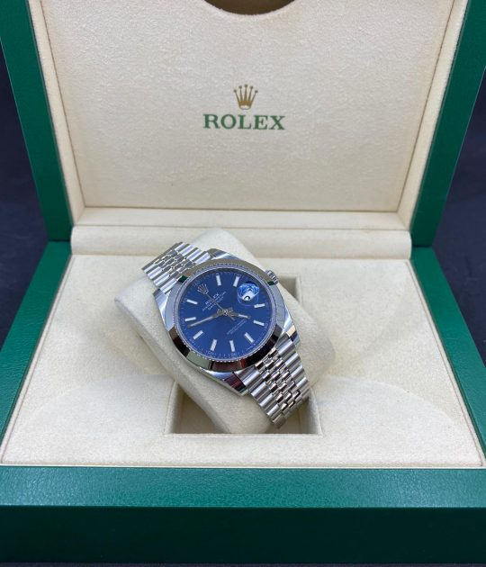 Rolex Datejust 41 mm Domed Bezel Blue Dial Jubilee